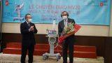 Bàn giao máy thở MV20 cho Việt Nam chống dịch COVID-19