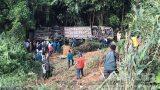 Hiện trường vụ xe khách lao xuống đèo khiến 6 người tử vong