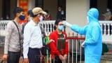 Trao giấy chứng nhận hoàn thành cách ly cho 236 công dân tại Nghệ An và Nam Định