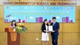 """Nam Định: Cô nữ sinh từ """"mù internet' đến học bổng Microsoft's YouthSpark"""