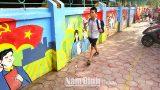 """Nam Định: """"Con đường bích họa"""" ở Nam Vân"""