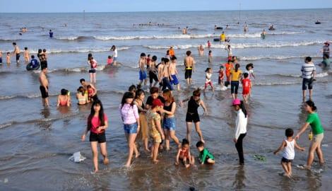 Biển Nam Định thuộc TOP bãi biển làm hư quý ông