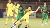 Đội bóng nghèo nhất V-League vừa lập cột mốc khó tin