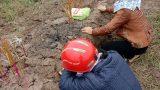 Nam Định: Đã có người đến nhận thi thể cô gái dưới cống nước