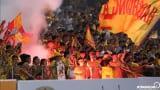 CLB Nam Định bức xúc vì án phạt pháo sáng của VFF