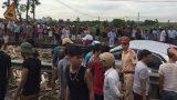 Ô tô vượt ẩu va chạm với tàu hỏa ở Nam Định, 4 người gặp nạn
