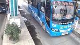 Nóng trạm BOT Mỹ Lộc: Tài xế húc gãy barie, liên tiếp phải thay mới