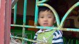 Bố trí giáo viên riêng trông bé trai bị buộc vào cửa sổ ở Nam Định