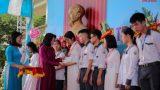 Phó Chủ tịch nước Đặng Thị Ngọc Thịnh dự khai giảng năm học mới tại Trường THPT chuyên Lê Hồng Phong