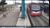 Tạm giữ giấy phép lái xe 5 tài xế đâm xe vào barie BOT Mỹ Lộc