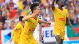 Nam Định vượt qua Thanh Hóa trong trận cầu mưa bàn thắng tại Thiên Trường