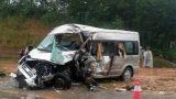 Xe rước dâu gặp tai nạn trên cao tốc Hà Nội- Lào Cai, 2 người chết