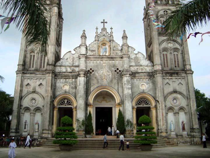 Nhà thờ Giáo xứ Bách Tính - Nam Định