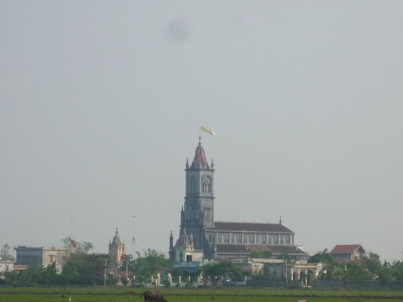 Nhà thờ Giáo xứ Ngoại Ðông