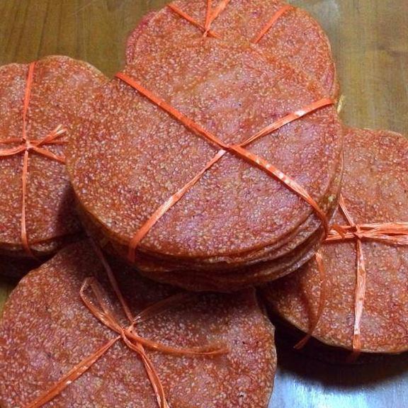 Bánh đa gấc chợ Ninh