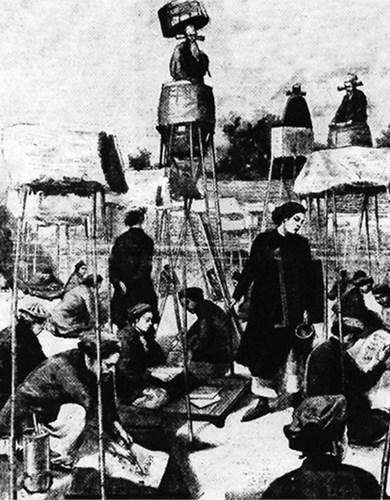 Các thí sinh phải tự làm lều và đặt chõng để viết bài dưới sự quan sát của các quan chủ khảo.