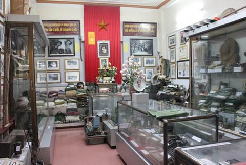 Một góc bảo tàng kỷ vật chiến tranh của ông Lưu. Ảnh: Văn Định.