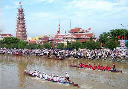 Đời sống vật chất và tinh thần của người dân Nam Định ngày một được nâng lên.
