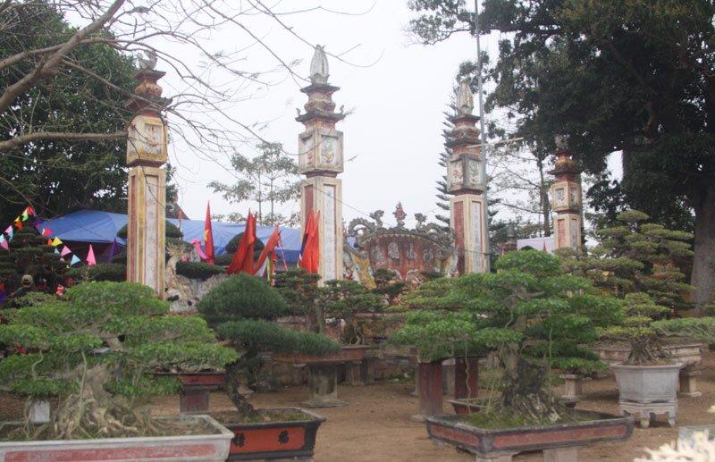 Đình Vỵ Khê - nơi dân làng thờ Tổ nghề cây cảnh - người đã truyền nghề cho làng gần 800 năm trước