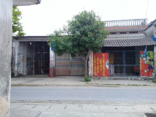 Căn nhà cũ của vợ chồng Dũng - Phương trước khi bỏ đi khỏi địa phương.