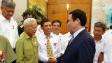 Phó Thủ tướng Vương Đình Huệ tiếp đại biểu người có công tỉnh Nam Định
