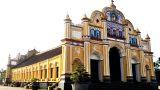 Nhà thờ gỗ không dùng đinh ở Nam Định
