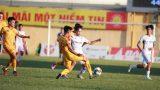 """VFF họp khẩn khi 4 đội bóng cuối bảng yêu cầu """"kết thúc luôn"""" V-League"""
