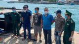 Tàu kéo không số hiệu chở 18 người vượt biên trên biển