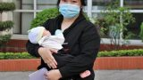 Bệnh nhân sơ sinh đầu tiên mắc COVID-19 được công bố khỏi bệnh