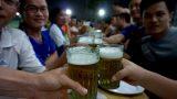Nam Định: Kỳ lạ nơi làm cốc vại chỉ để uống bia hơi Hà Nội