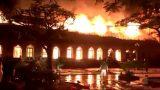 Nam Định: Nhà thờ 130 tuổi cháy rừng rực trong đêm