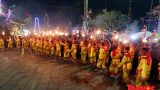 Rước hàng nghìn ngọn đuốc tại Lễ hội Phủ Dầy