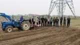 Nam Định: Mô hình tích tụ ruộng đất, trồng lạc bằng máy tại huyện Vụ Bản