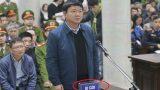 Hành động bất ngờ của ông Đinh La Thăng tại tòa: Trước bản án cuộc đời vẫn lo nghĩ cho người khác thế này đây, khiến luật sư của Trịnh Xuân Thanh phục lăn