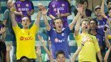 Fan người Anh vượt hàng trăm km về Nam Định xem bóng đá