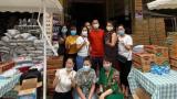 Một gia đình ở Nam Định mua 4 tấn gạo, 400 thùng mì tôm tặng cho bà con cùng thành phố gặp khó khăn vì dịch