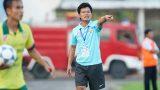 HLV Nguyễn Văn Sỹ: 'CĐV Nam Định góp tiền ủng hộ cầu thủ'