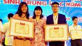 Nam Định : Hai học sinh chế tạo thành công màng bọc thực phẩm sinh học thông minh thay thế túi nilon