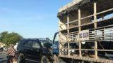 Nam Định: Xe 7 chỗ tông trực diện xe tải, tài xế bị thương nặng