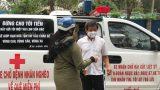 """Ông Đoàn Ngọc Hải làm việc tại hiệu thuốc để kiếm tiền ủng hộ 2 bà cháu """"ăn cơm trắng chan nước lã"""""""