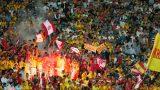 Cùng đua trụ hạng, khán giả Cần Thơ đến sân thấp hơn 8 lần Nam Định