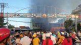 Phú Yên: Thông báo tìm người từng tụ tập xem đám cháy tại cửa hàng điện máy vì liên quan đến Covid-19