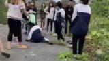 """Sở GD&ĐT Nam Định yêu cầu kiểm điểm trách nhiệm vụ nữ sinh bị """"đánh hội đồng"""""""